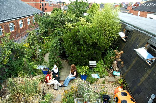 risc_roof_garden_3104_jpg_600x